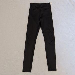Aritzia shiny leggings